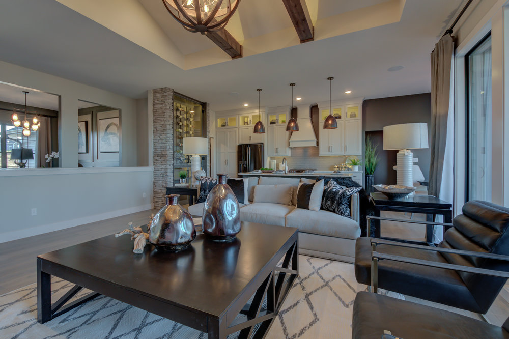 501 Red Feather Ct-15.jpg