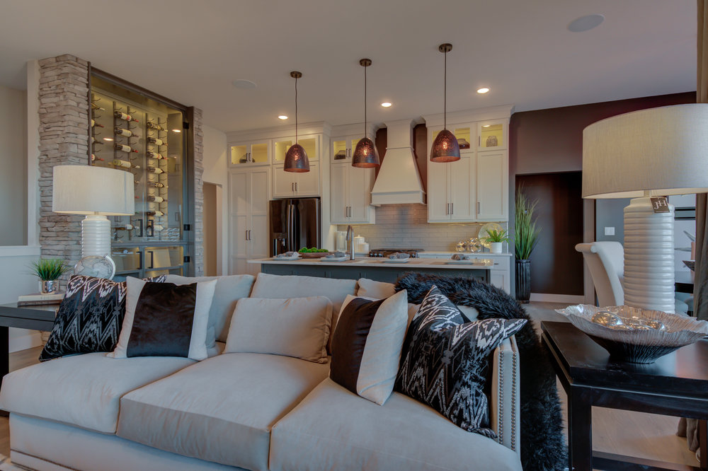 501 Red Feather Ct-17.jpg