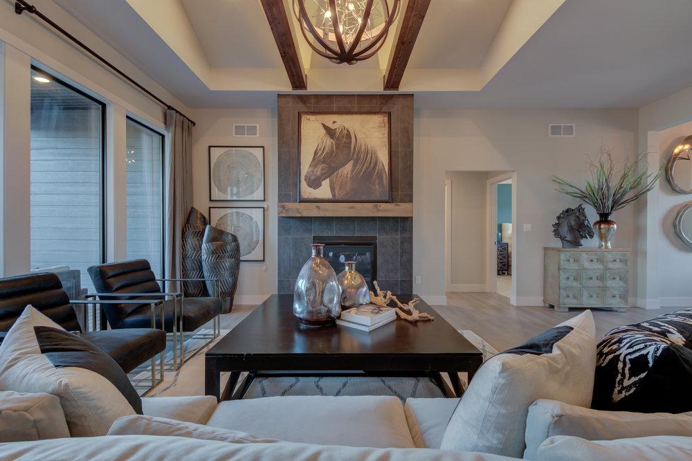 Custom_Fireplace_Columbia_MO.jpg