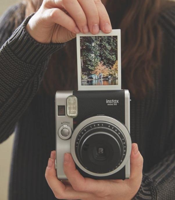 8c59cf451941bdb6401f3fe3ca50291d--old-cameras-polaroid-cameras.jpg