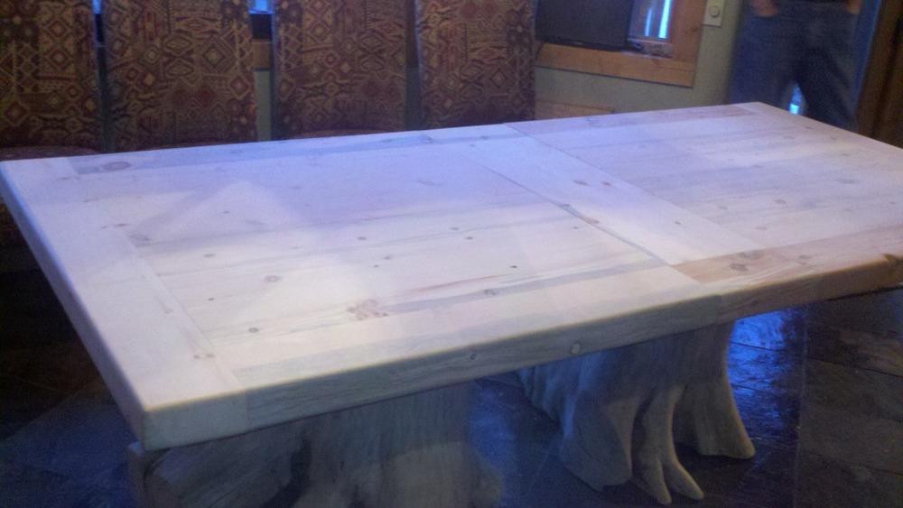 stump-log-slab-table-2.jpg