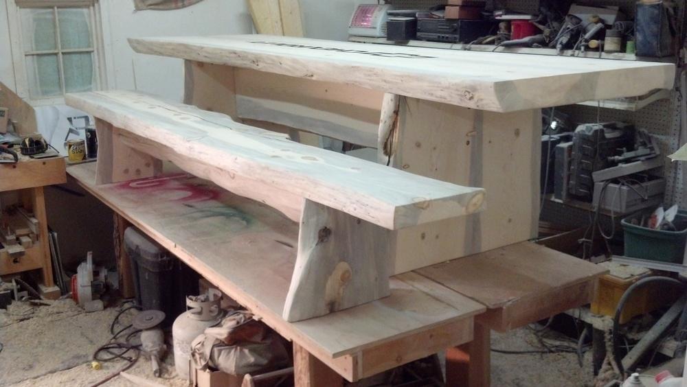 rustic-patio-table-lodgepole-pine-slabs.jpg
