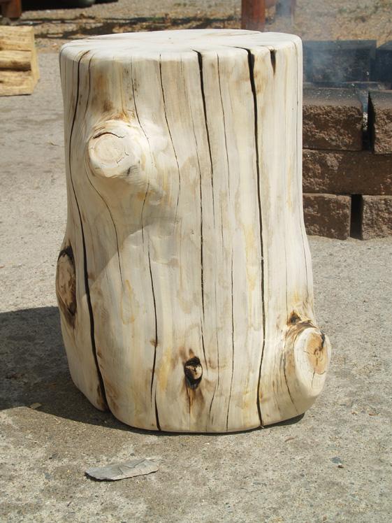 log-stump-end-tables-stools-2.jpg