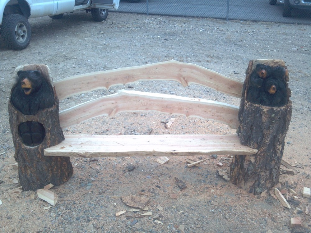 chainsaw-carved-bear-bench-character-wood.jpg