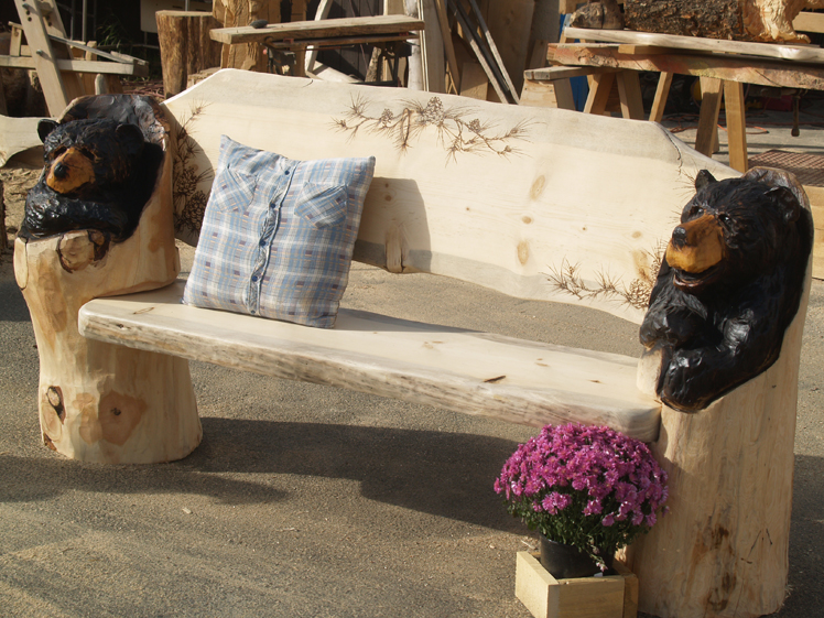 chainsaw-carved-bench-with-bears.jpg