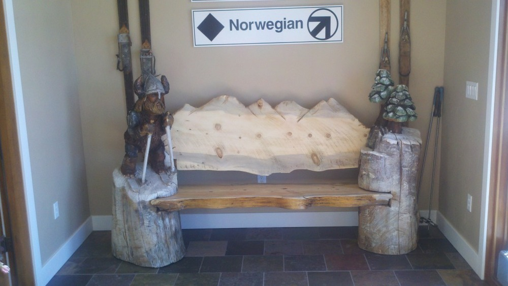 chainsaw-carved-viking-bench (2).jpg