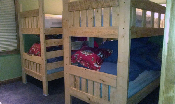 rough-lumber-bunk-bed.jpg