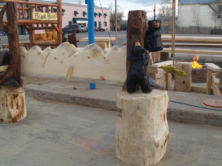 rustic-art-bench-bears.jpg