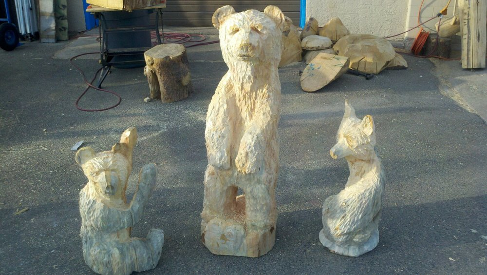 bear-carvings.jpg