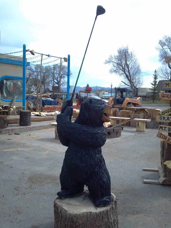 bear-golfing.jpg