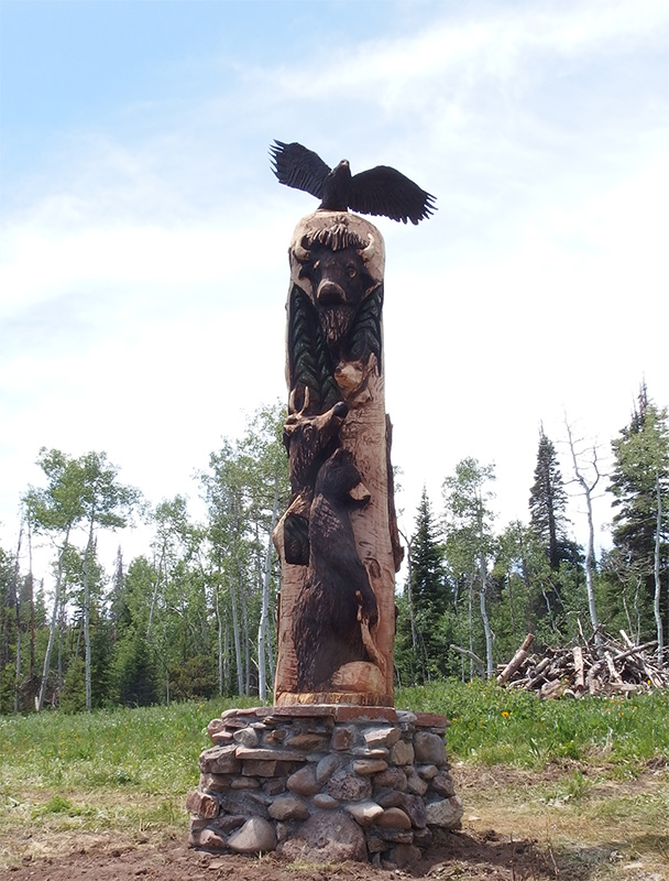 bear-on-story-pole-totem-carving.jpg