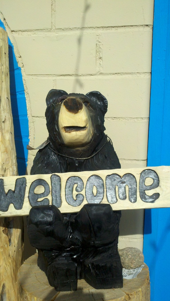 carved-bear-welcome-sign-colorado.jpg