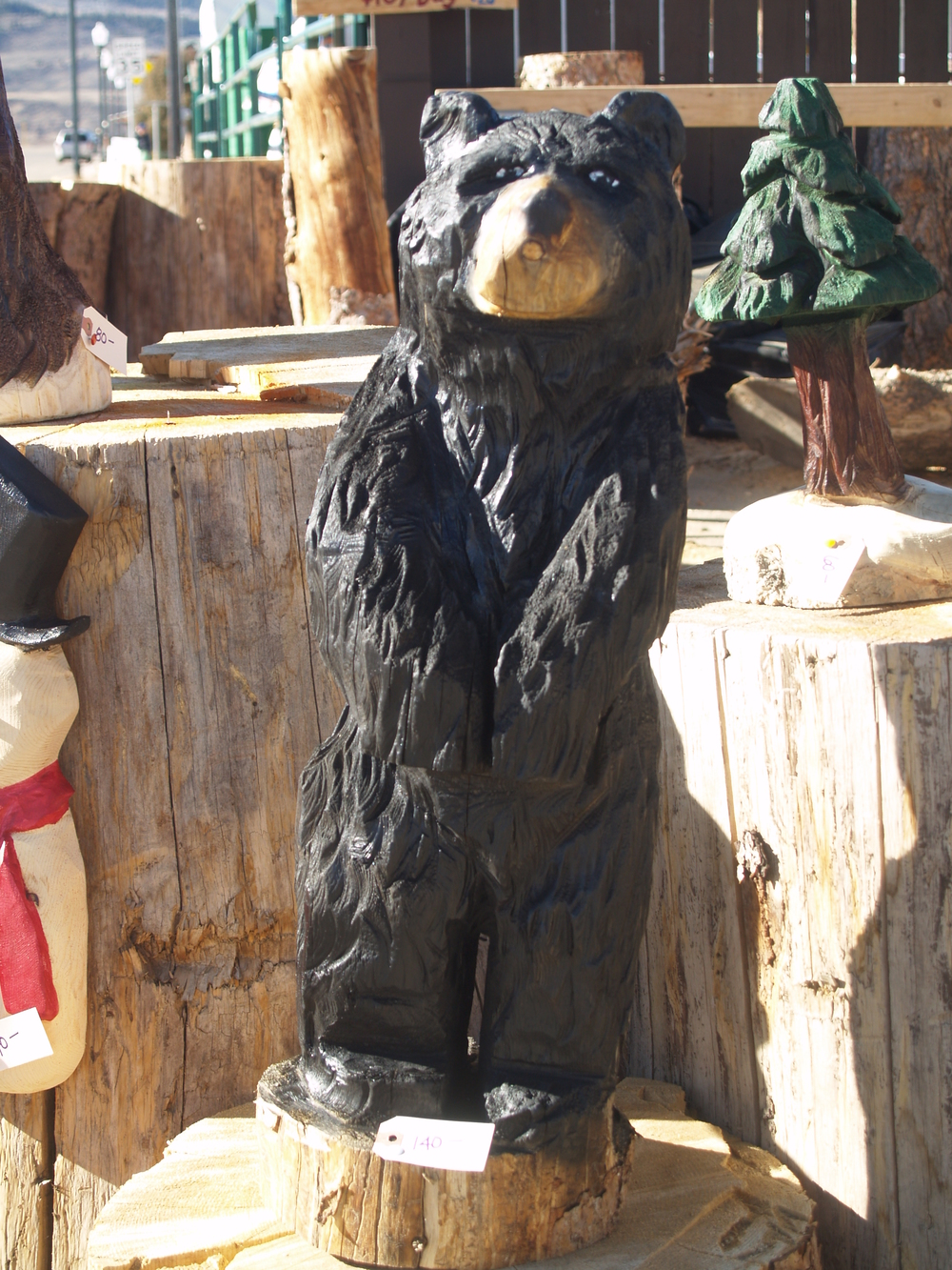 chainsaw-carved-bears-kremmling.JPG
