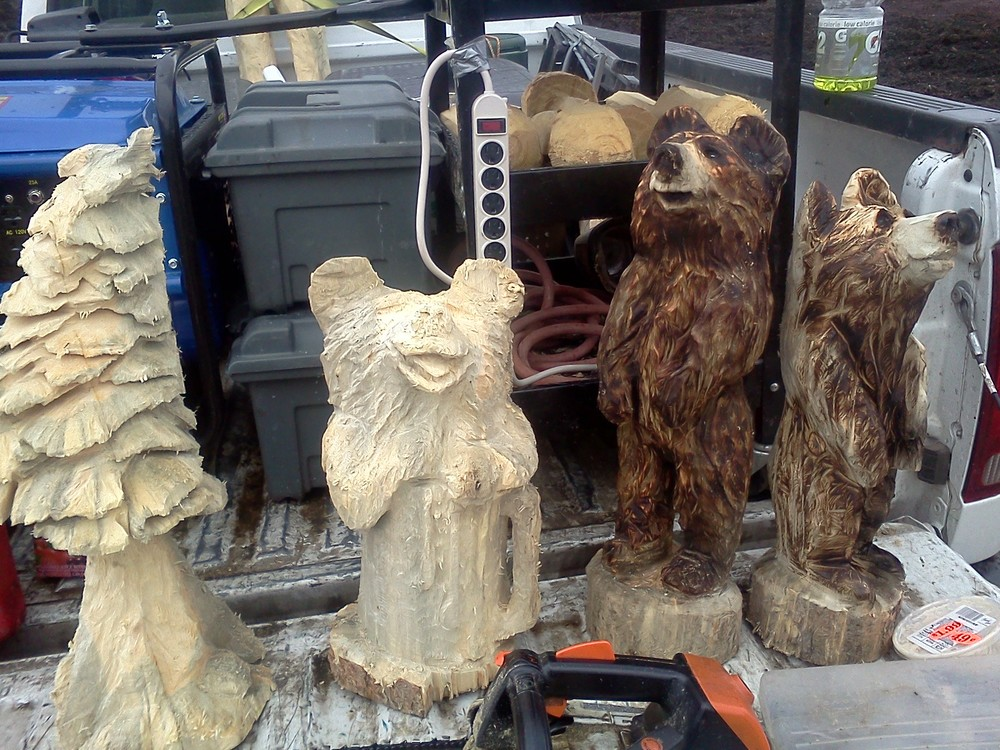 chainsaw-carvings (2).jpg