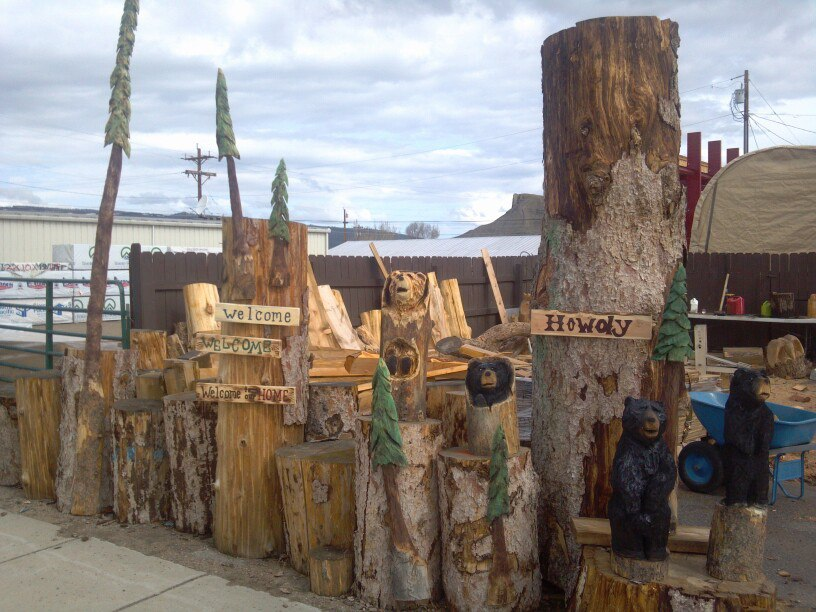 chainsaw-carvings-colorado.jpg