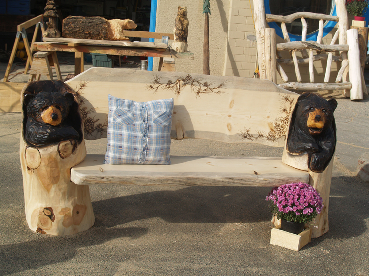 chainsaw-carvings-steamboat-springs.jpg