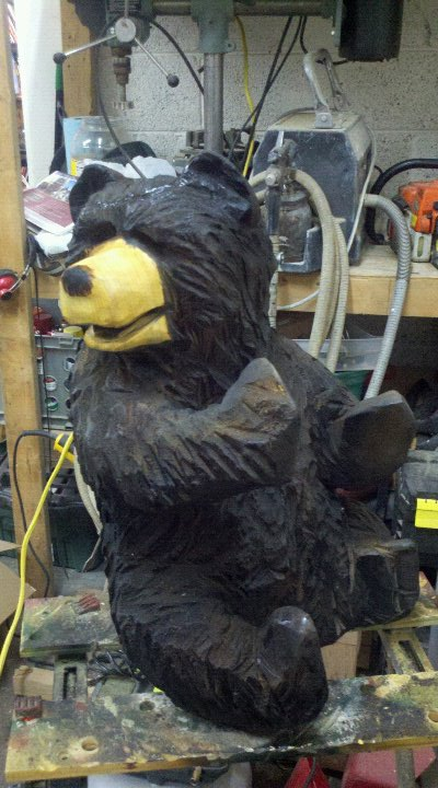 climbing-bear-carving.jpg