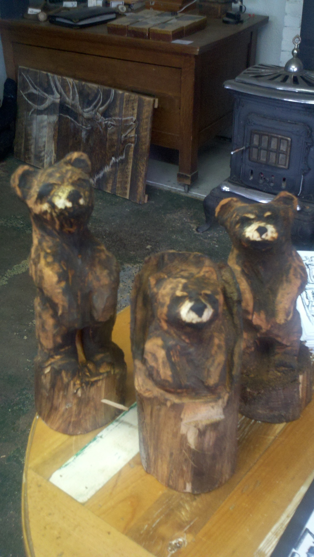 tiny-bear-carvings.jpg