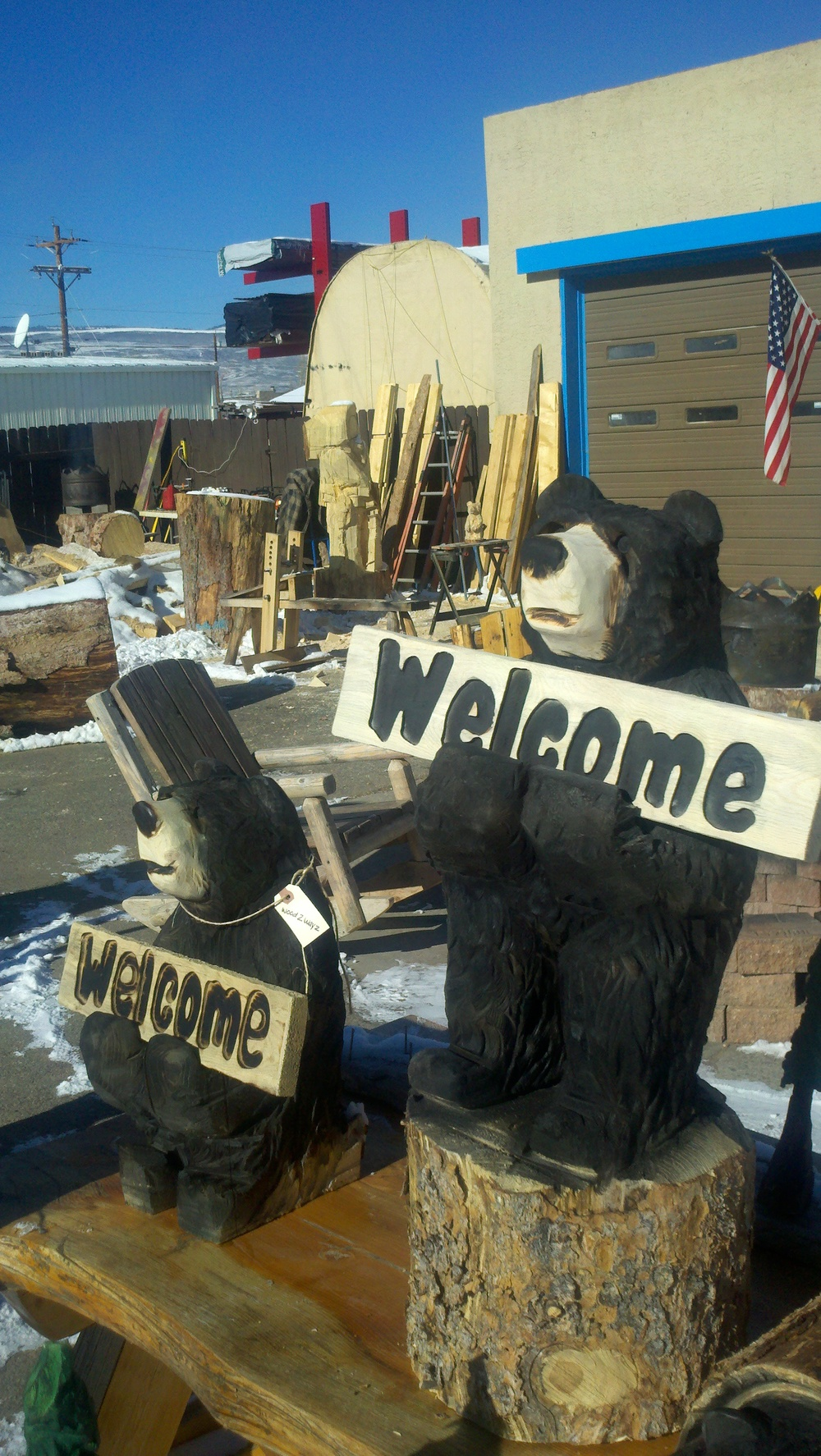welcome-bears-chainsaw-carvings-kremmling-colorado.jpg