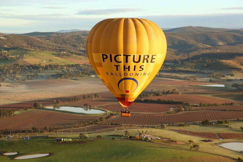 Hot air balloon over the Yarra Valley 1