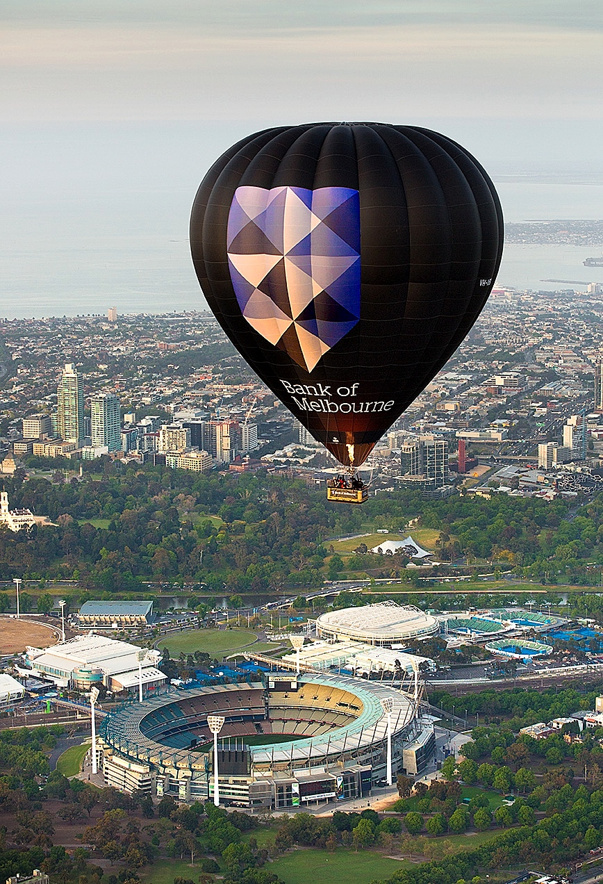 Bank of Melbourne hot air balloon over MCG.jpeg