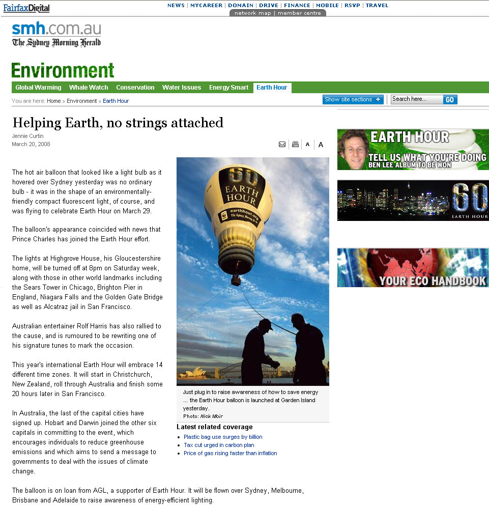 Sydney morning herald capturing the AGL earth hour balloon while on tour.