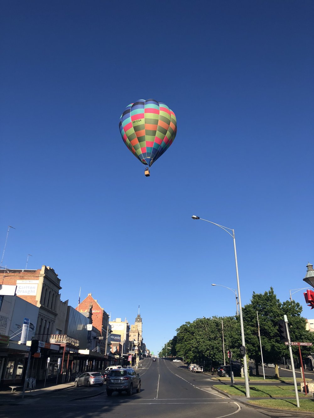 Hot air balloon over Ballarat.jpg