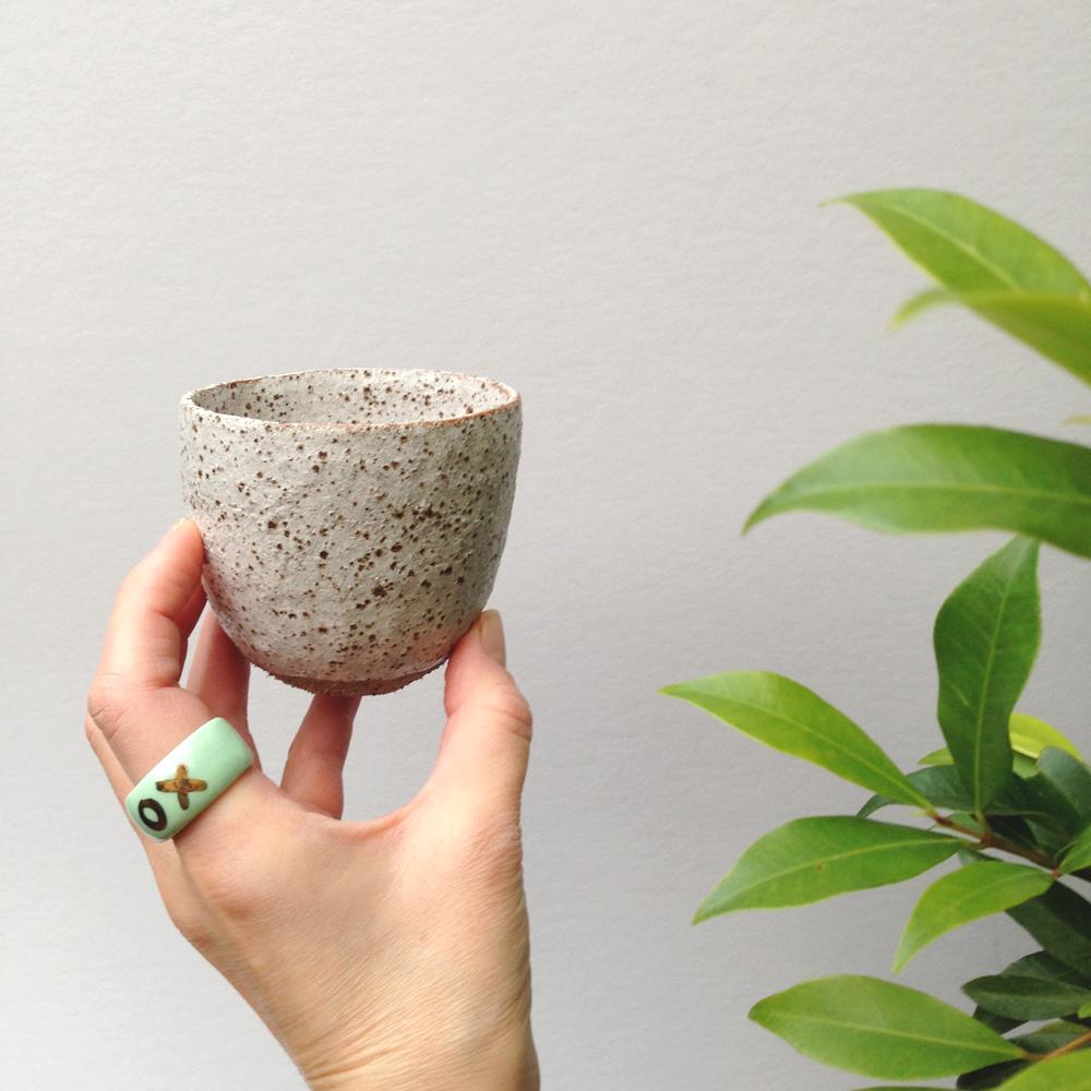 susan+simonini+handmade+ceramic+tumbler+ruby+pilven+ring+falling+for+florin+melbourne+1000.jpg.jpg