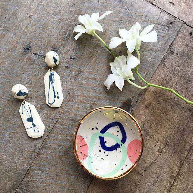 SPRING SALE 🌿🌸🌿 30% OFF the entire online store!! 🌸🌿🌸 promo code SPRING30 🌿🌸🌿 Sale ends Apr 15th. . . . . . #fallingforflorin #onlinesale #springsale #rubypilven #flockcuriosityassembly #porcelain #resin #handmadeceramics #australianmade #madeinaustralia #ceramicsaustralia #keywest #islandlife #resinjewelry #resinearrings #hotblingmama #orchids #nerikomi #goldlustre