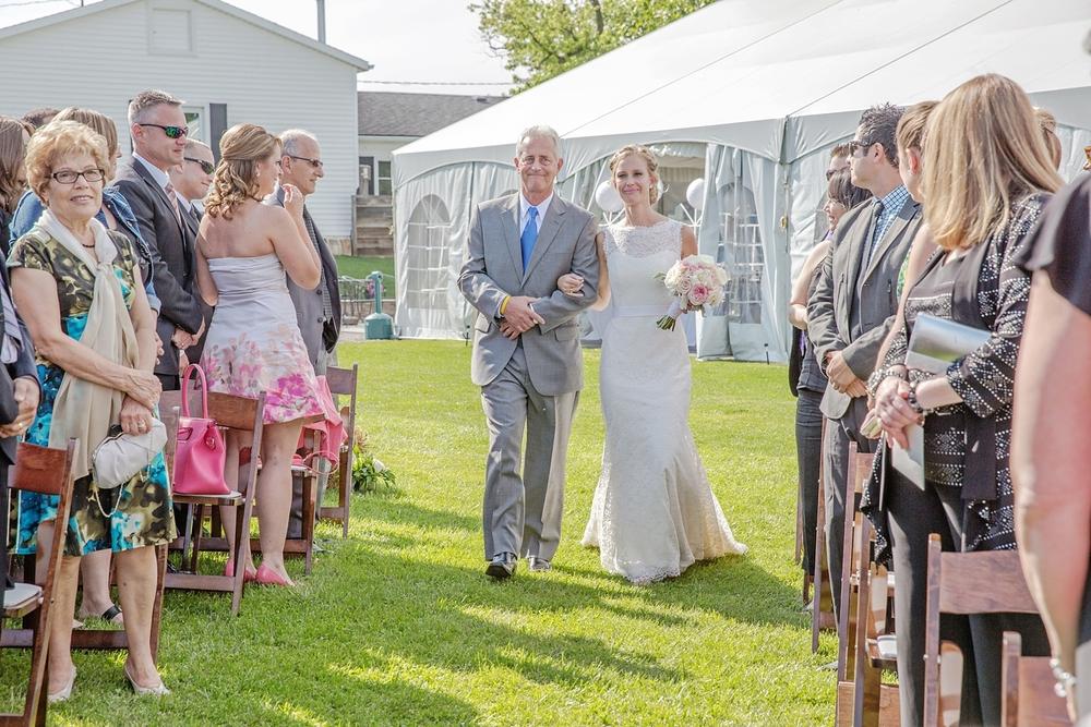 sueannstaff-wedding_0004.jpg