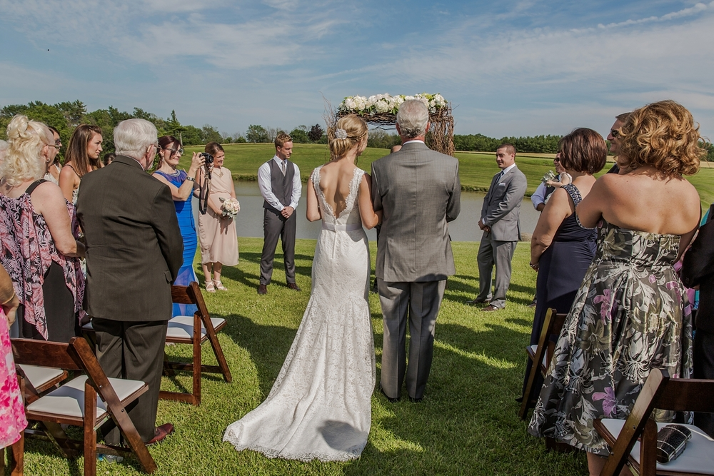 sueannstaff-wedding_0006.jpg