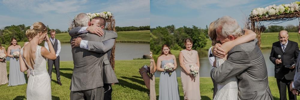 sueannstaff-wedding_0007.jpg