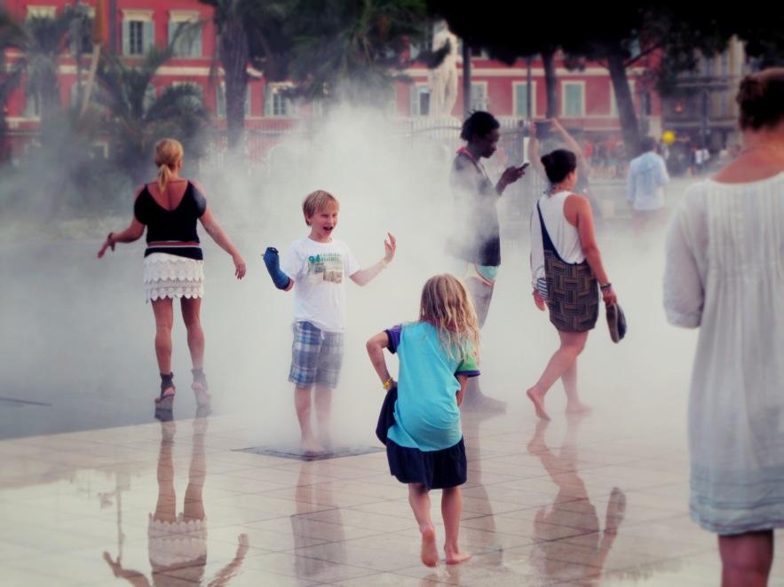 Nice_Kids playing in Mist.JPG