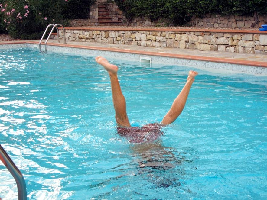 Tuscany_Reu handstand_pool.JPG