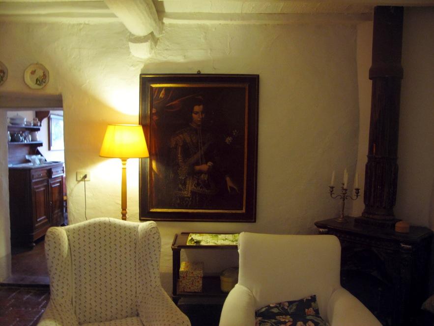 Tuscany_the drawing room.JPG