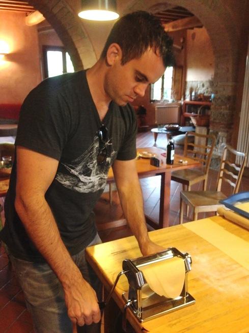Tuscany_cooking lesson_reu_pasta flattener_1.JPG