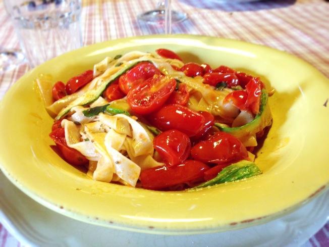 Tuscany_spaggetti dish_up close.JPG