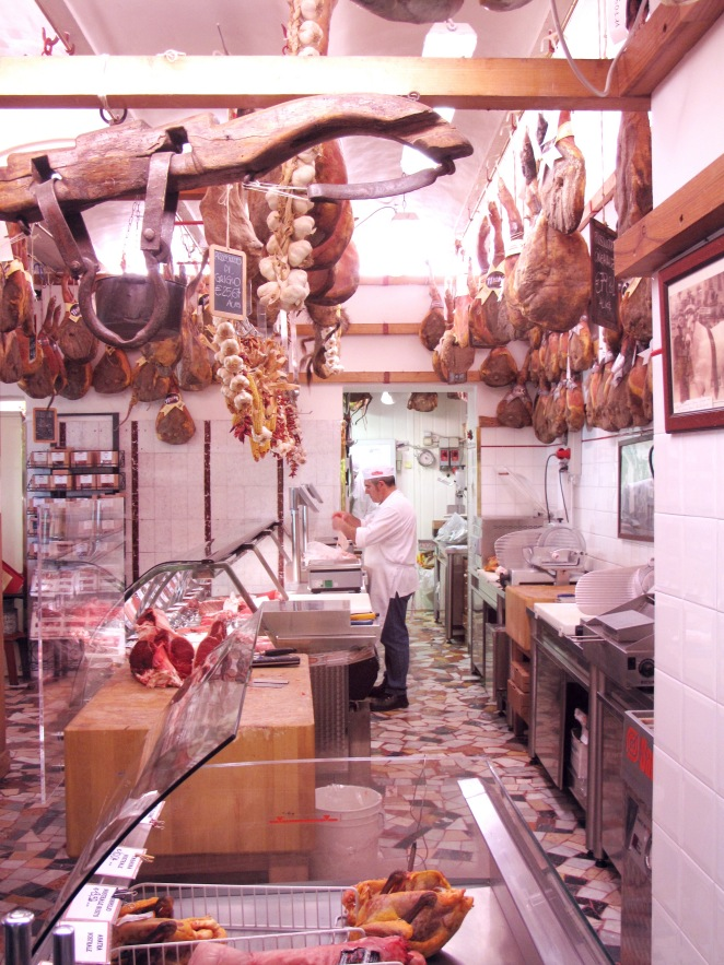 Tuscany_greve butcher_behind counter_vertical.JPG