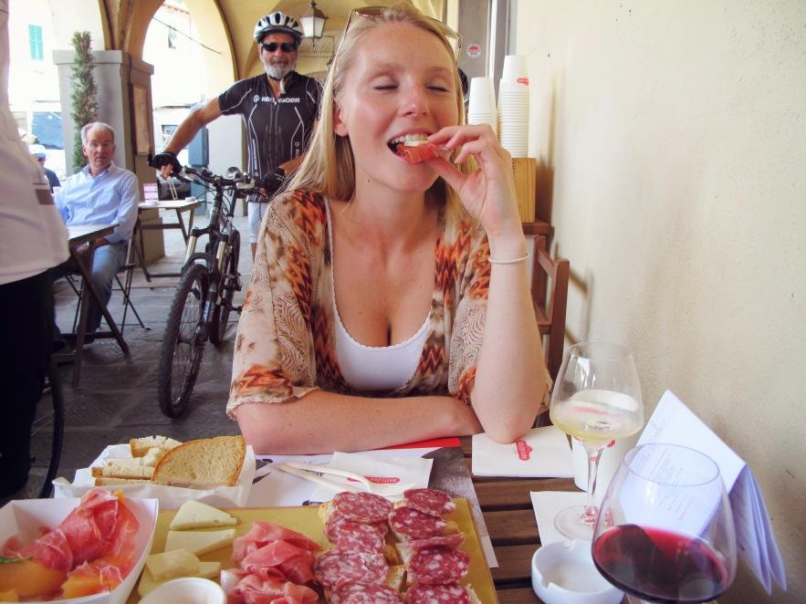Tuscany_greve butcher_Im eating_1.JPG