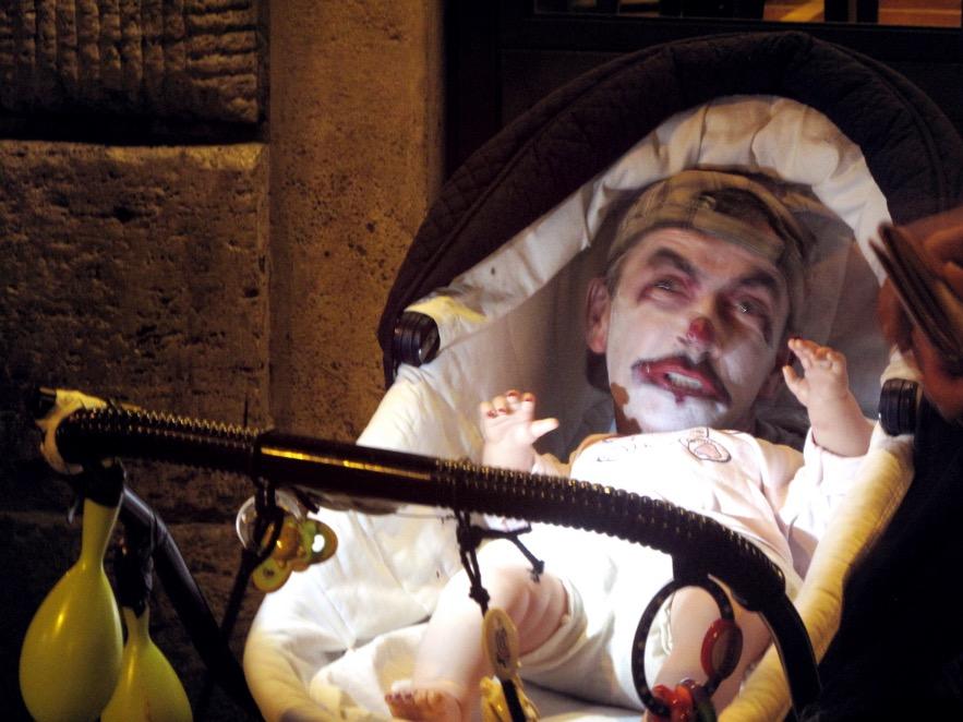 Rome_Freaky crying baby_street performer.JPG