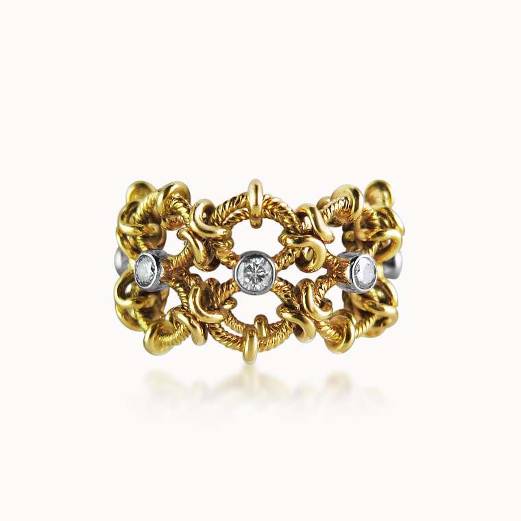 FELXIBLE GOLD AND DIAMOND RING