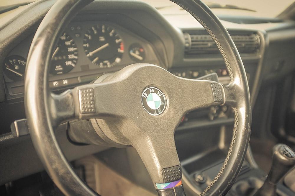 steering_wheel_small.jpg