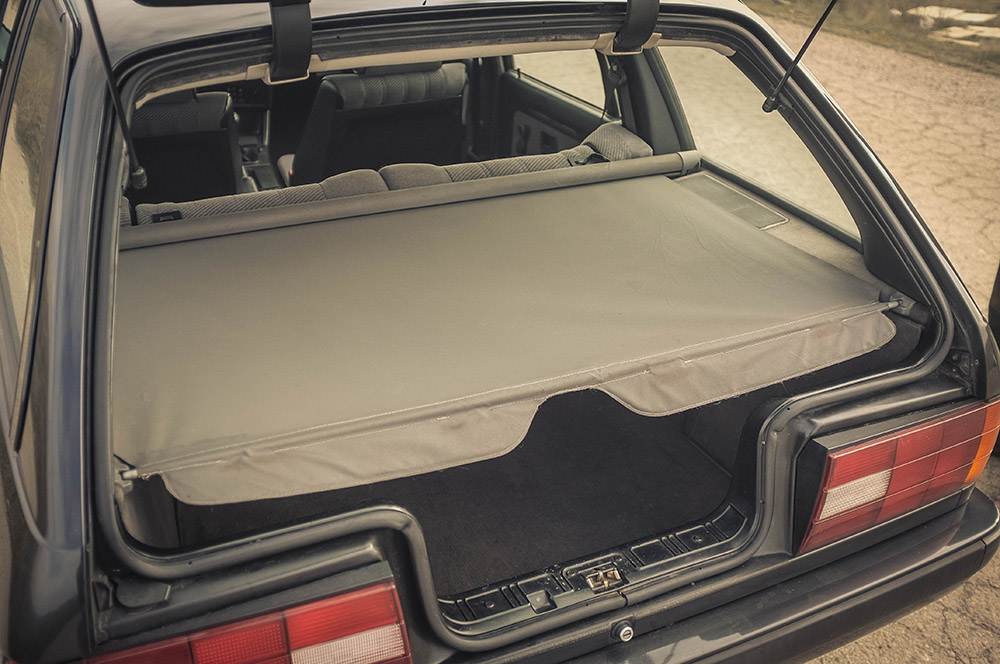trunk_cover_1_small.jpg