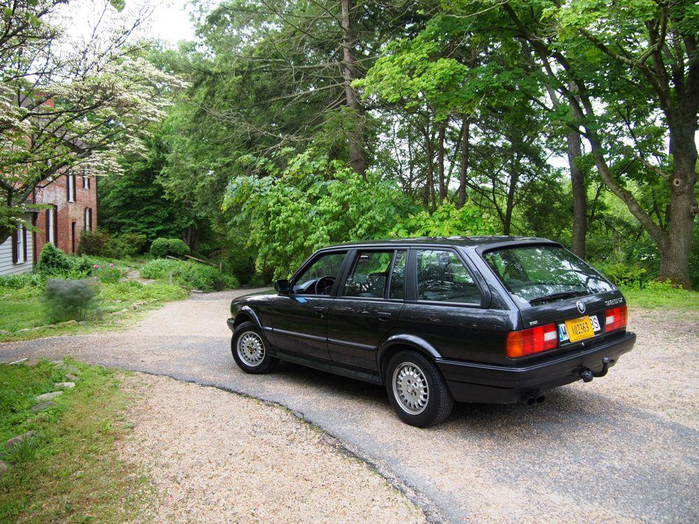 E30 BMW 325ix Touring