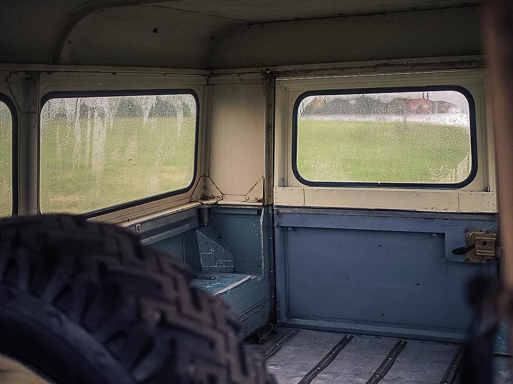 rear_hatch_2a.jpg