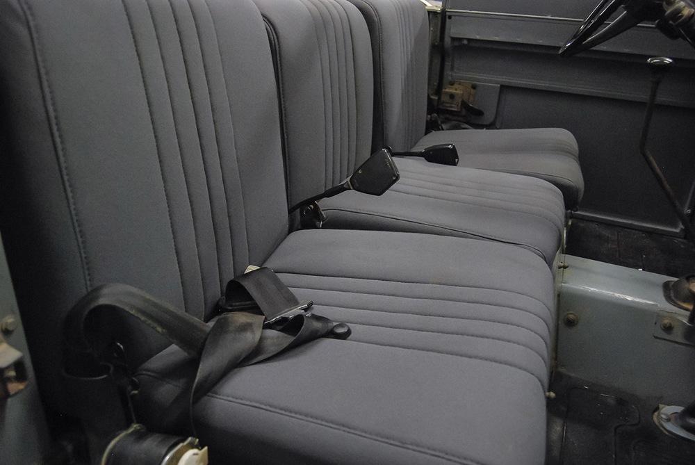 seats_front_4.jpg