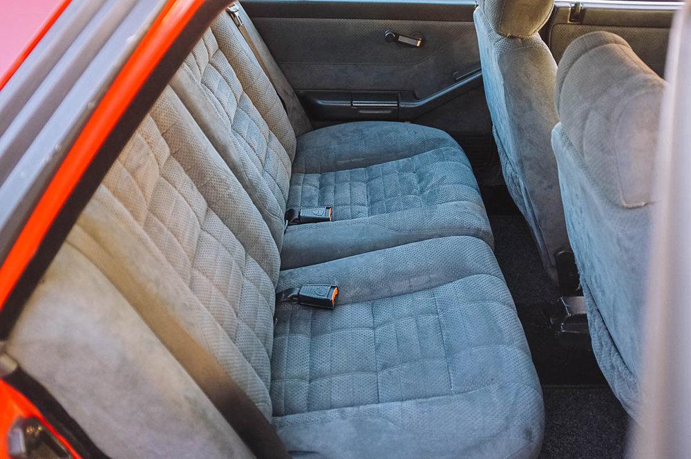 seats_rear_2.jpg