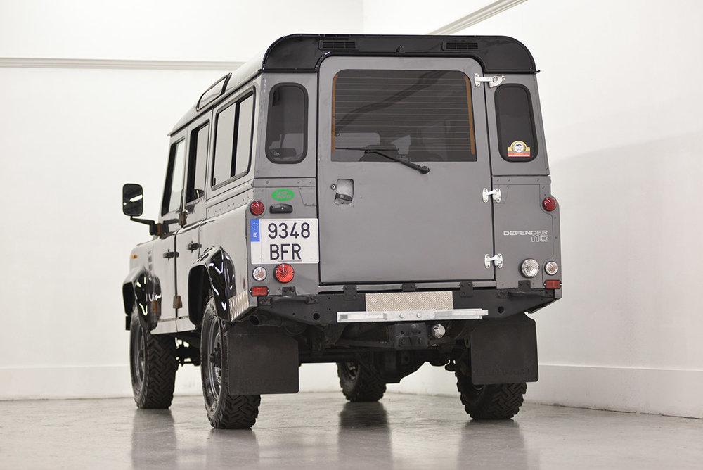 land-rover-defender_faiz_rear_1.jpg