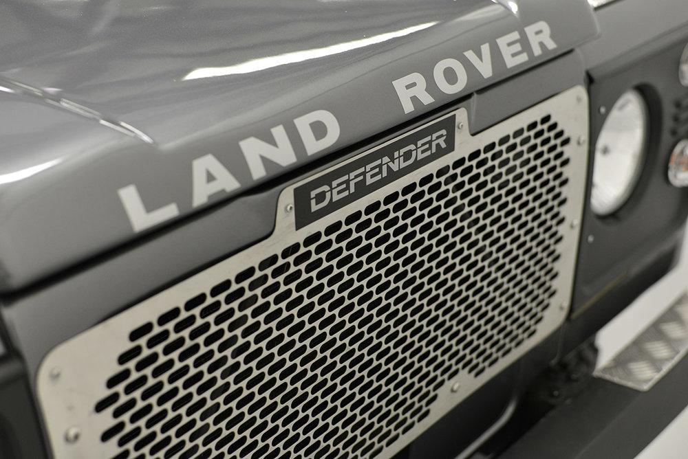 land-rover-defender_faiz_detail_7.jpg
