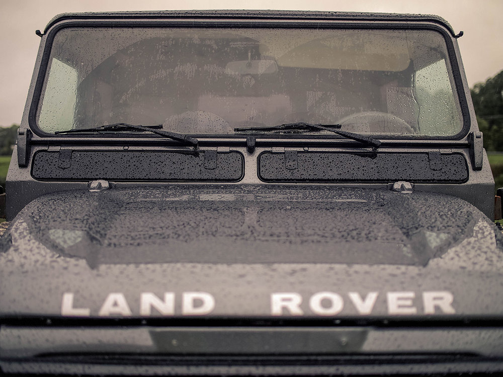 land_rover_defender_rain.jpg